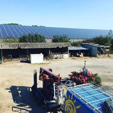 Nettoyage de 1600m2 de panneaux photovoltaïques - Herbignac- 44