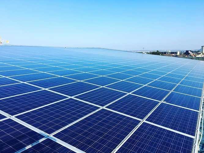 Nettoyage de 1600m2 de panneaux photovoltaïques - mairie Ville Cherbourg-en-Cotentin 0